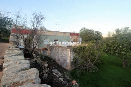 Good size building plot with ruin and nice country...
